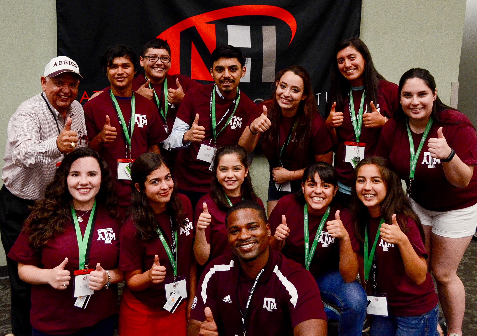 NHI students supporting Texas A&M