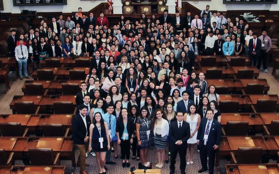 2017 Texas LDZ students at Texas House Chambers