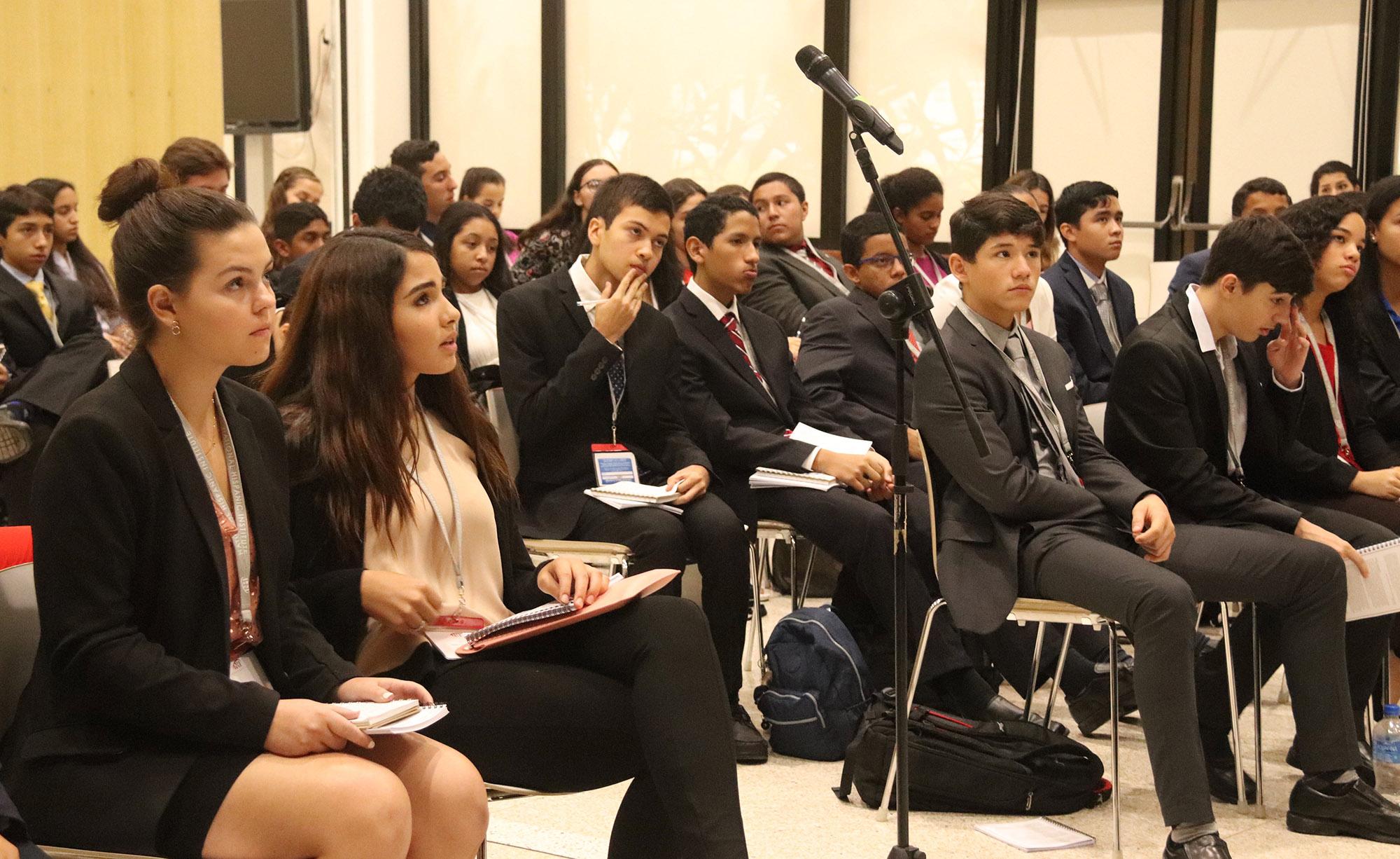 Students participating in the 2018 LDZ Las Americas program in Panama