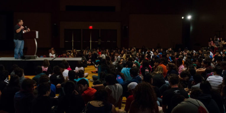 Julio Cotto addresses a crowd of students at the 2012 National Hispanic Institute's Celebracion event in San Antonio.
